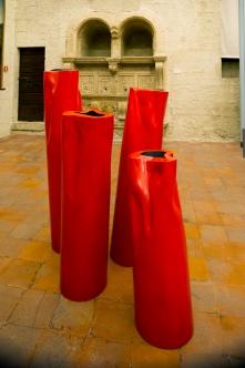 Flussi, 2013, veduta della mostra Flussi:il rosso, il giallo, palazzo dei Consoli, Gubbio, 2014